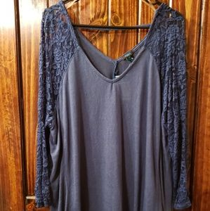 Rue+ lace sleeve top 3x